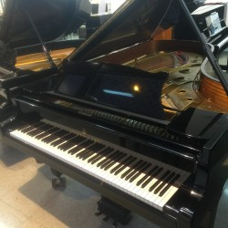 PIANO COLA STEINWAY MOD C NEGRO POLIESTER OCASION
