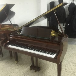 PIANO COLA JHON BROADWOOD AND SONS  NOGAL USADO