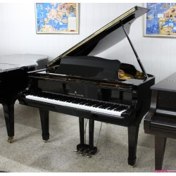 PIANO COLA YOUNG CHANG G157 NEGRO USADO