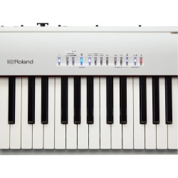 PIANO DIGITAL ROLAND FP30BWH